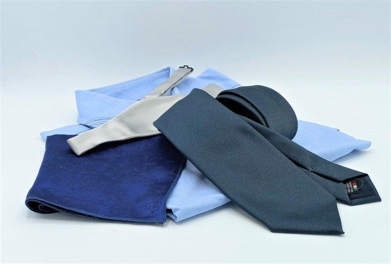 camicia-cravatta-papillon-fazzoletto-taschino